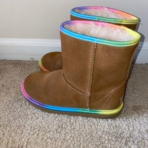 Ugg girl boots size 3